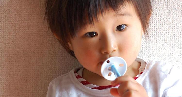 事故防止プレートつき歯ブラシ